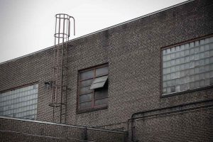 Høytrykksspyler Clena for vask av bygg og fasader